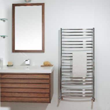 Tuzio Laveno Hydronic Towel Warmer