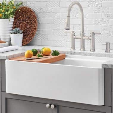 Smooth Life View - 30 X 20 Reversible Fireclay Farmhouse Sink - Smooth Apron