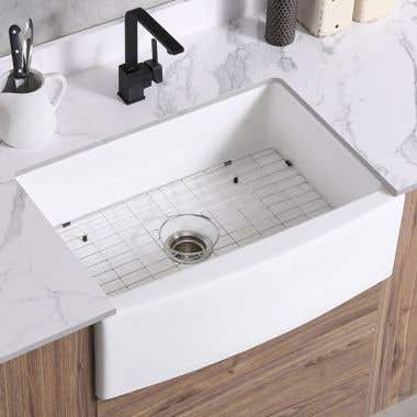 Life View - 32 x 20 Fireclay Farmhouse Sink - Smooth Curved Apron